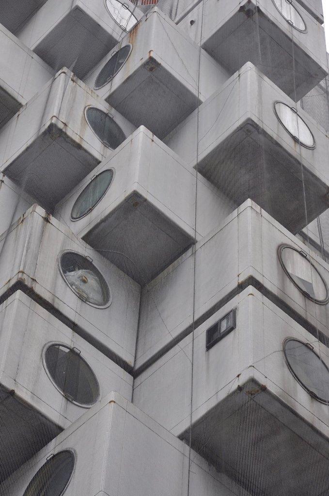 nakagin-capsule-tower-6.jpg