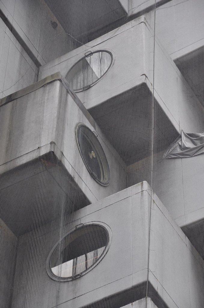 nakagin-capsule-tower-8.jpg