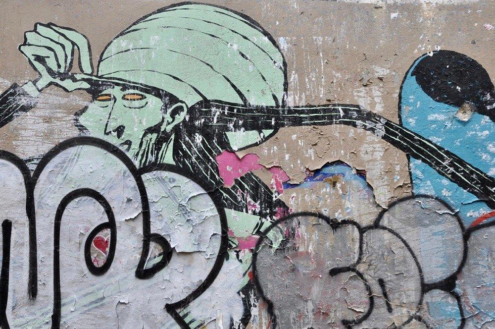 paris-streetart-11.jpg
