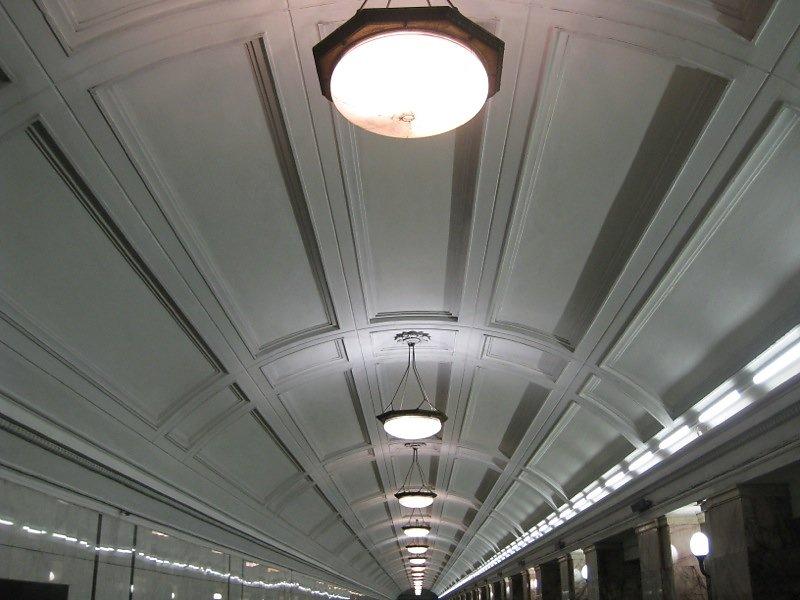 Metro-Moskau-07.jpg