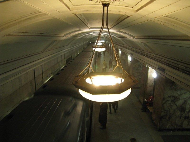 Metro-Moskau-09.jpg
