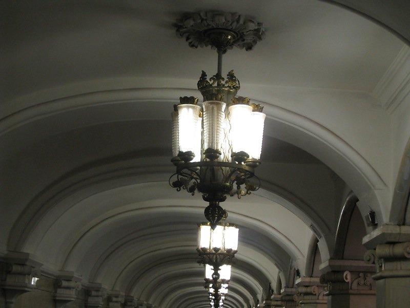 Metro-Moskau-18.jpg