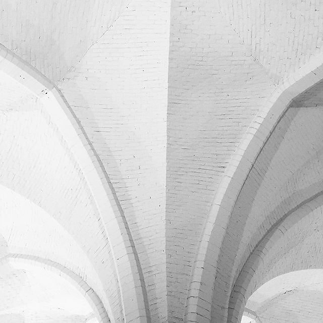 #abstractmybuilding #bnw_mnml #bnw_minimal #bnw_captures #rsa_minimal #amsterdam #creative_architecture
