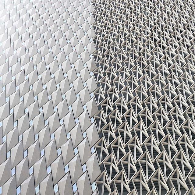 #Istanbul #artermuseum #abstractmybuilding #minimalmood #m_innovative #bnw_minimal #bnw_mood #realandabstract #ShotoniPhone #minimal_take #linedesire #minimalism #minimalobsession #rsa_minimal #mobiograhy #bnw_mnml #archilovers #fineart_architecture #mini